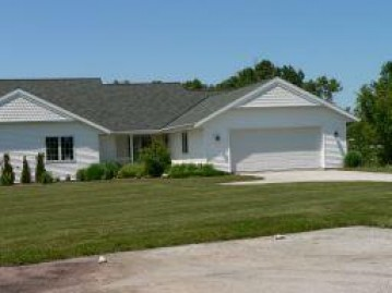 613 Otto Way, Elkhart Lake, WI 53020