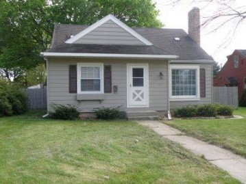 517 Orchard St, Burlington, WI 53105-1733