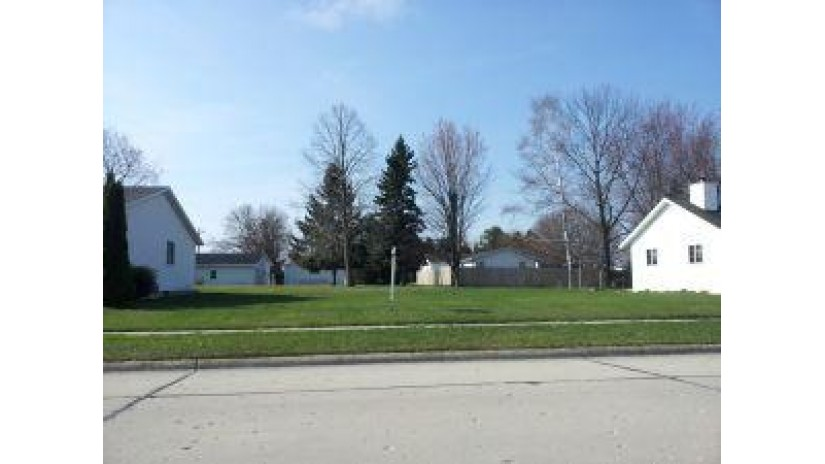 Lt99 Mangin ST Manitowoc, WI 54220-9999 by Heritage Real Estate $10,800