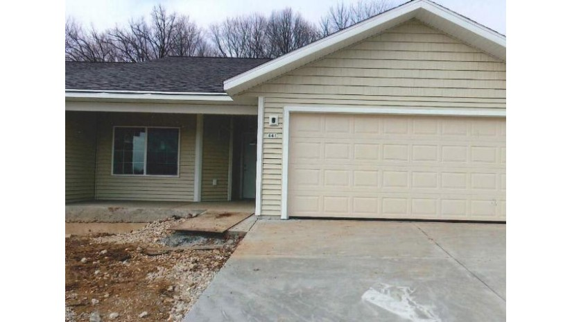 1254 Fieldstone Dr Hartford, WI 53027-8411 by Greg James Realty $229,900