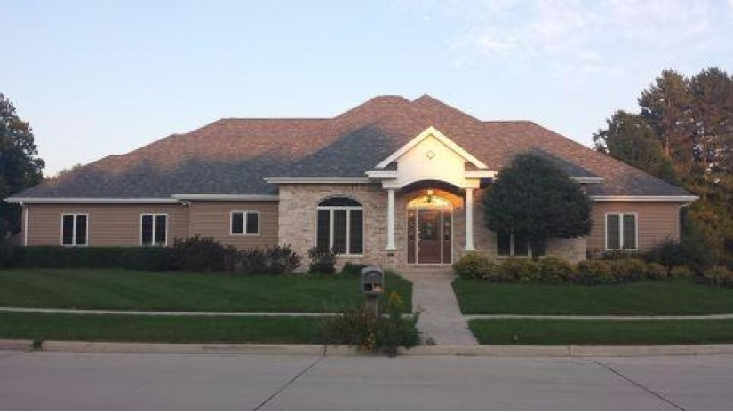 2111 Stoney Brook Ct Manitowoc, WI 54220-8607 by Heritage Real Estate $374,800