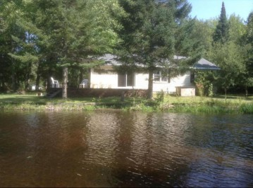 12989 Lower Bagley RPDS, Mountain, WI 54149-9518