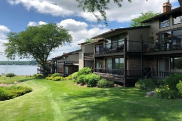 1070 S Lake Shore Dr 4 B-1, Lake Geneva, WI 53147