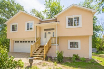 W1027 Aster Rd, Bloomfield, WI 53128