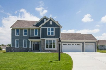 W239N3736 River Birch Ct, Pewaukee, WI 53072-6315
