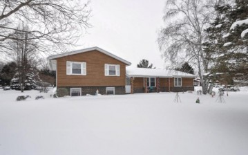 405 Torrey Pines Dr, Twin Lakes, WI 53181