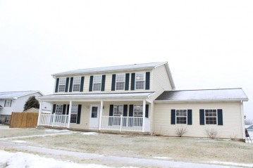 1923 Sunset Dr, Twin Lakes, WI 53181