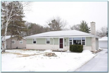 707 Andrew St, Eagle, WI 53119