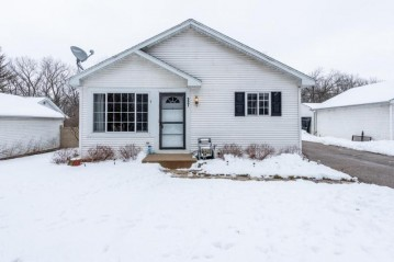 9901 190th Ave, Bristol, WI 53104