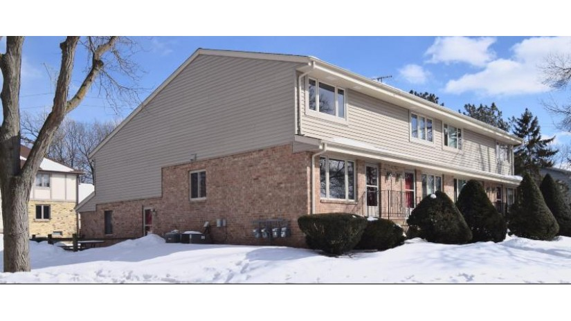 1333 Camden Way 1 Waukesha, WI 53186-6857 by Keller Williams Realty-Milwaukee Southwest $179,900