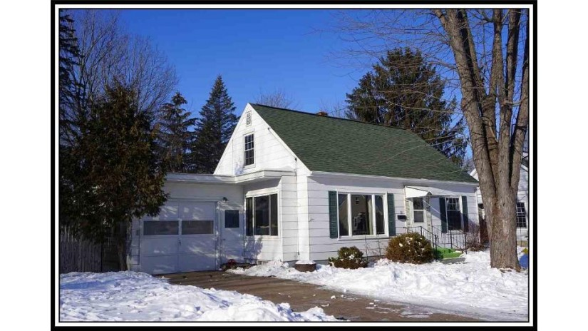 72 BRENT Street Clintonville, WI 54929-1459 by Century 21 Ace Realty $89,900