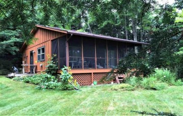 13540 MCCOMB LAKE RD Road, Mountain, WI 54149