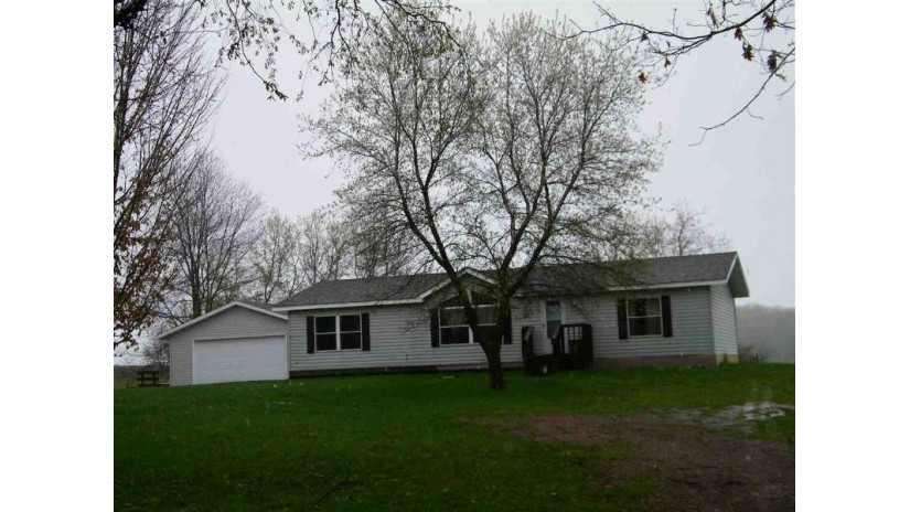 N7988 HUNTINGTON RD Road Red Springs, WI 54128-8979 by Coldwell Banker The Real Estate Group $84,900