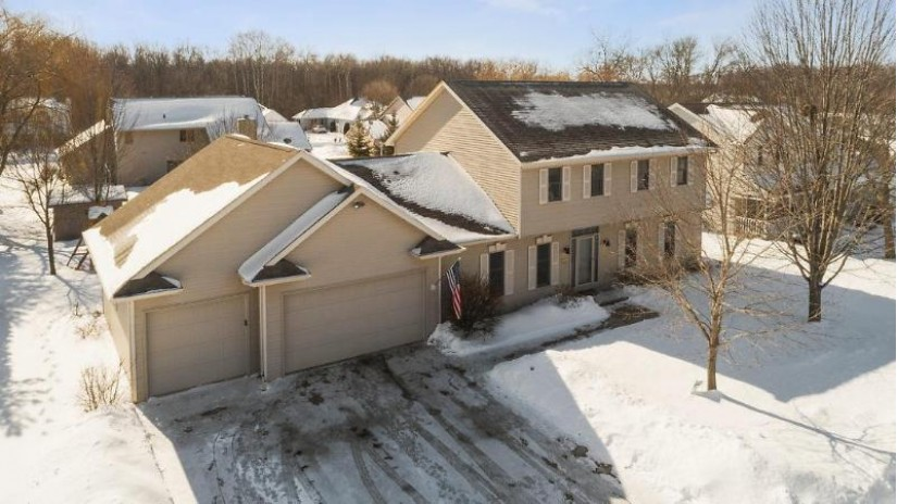 1234 FAWN Drive Neenah, WI 54956-4490 by Century 21 Affiliated $296,100