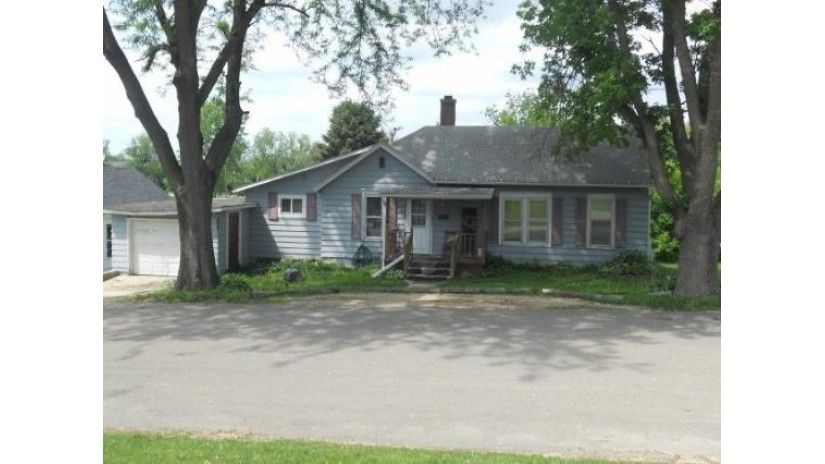 216 W Mary St Darlington, WI 53530 by Clayton Real Estate-Darlington $42,900