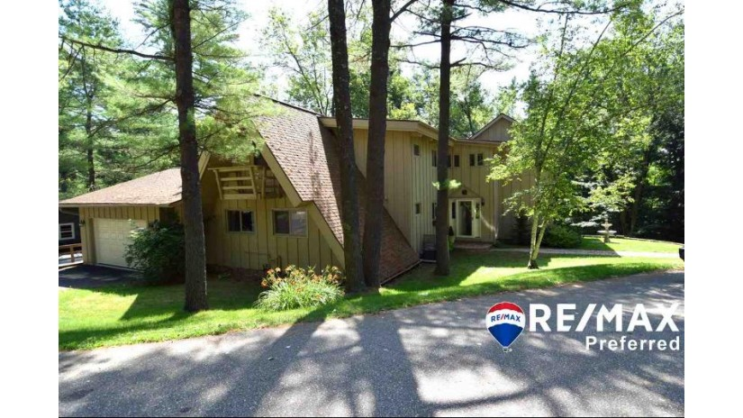 S1498 Sac Ct La Valle, WI 53941 by Re/Max Preferred $399,000