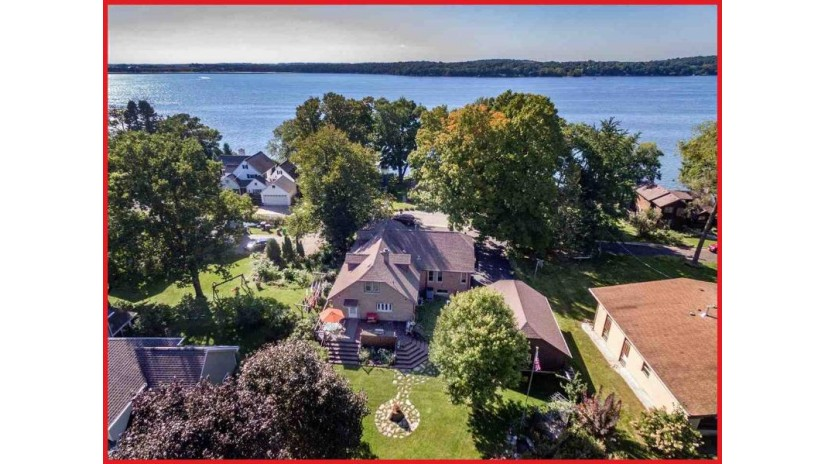 514 Erinside Rd Lake Mills, WI 53551 by Re/Max Community Realty $369,900