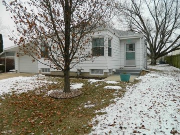 1516 12th Ave, Monroe, WI 53566