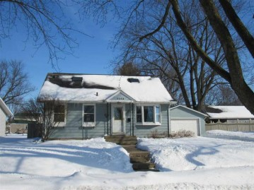 2334 15th Ave, Monroe, WI 53566
