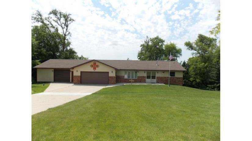 10814 E Bowers Lake Rd Lima, WI 53190-3211 by Century 21 Affiliated $279,900