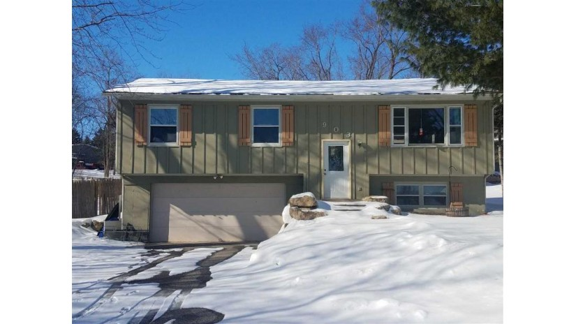 903 Connie Rd West Baraboo, WI 53913 by First Weber Inc $149,900