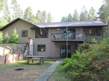 10255 Little Creek Dr, Minocqua, WI 54548