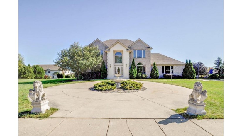 1625 32nd Ave Kenosha, WI 53144-3330 by Cove Realty, Llc $357,900