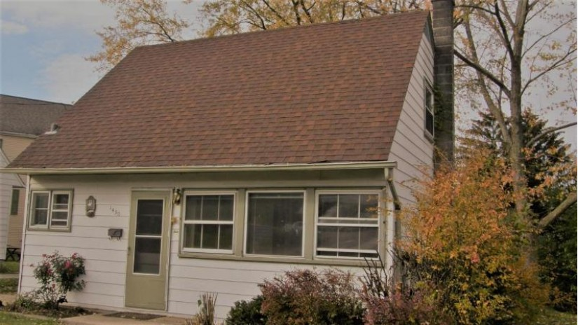 1450 Cleveland Ave Waukesha, WI 53186-3875 by Homestead Realty, Inc~milw $129,900