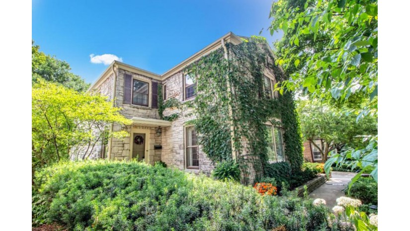 6158 N Berkeley BLVD Whitefish Bay, WI 53217-4315 by Keller Williams Realty-Milwaukee North Shore $649,900