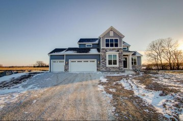 S87W17851 Edgewater Ct, Muskego, WI 53150