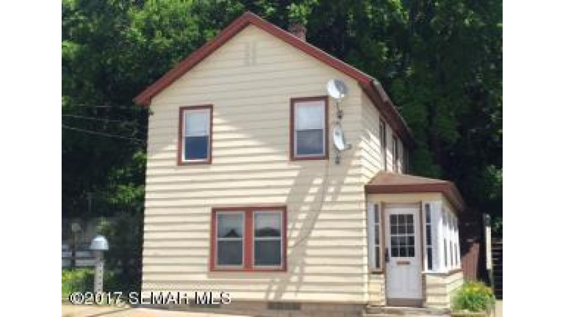 170 N SHORE DR Fountain City, WI 54629-8250 by Castle Realty Winona, Llc $75,000