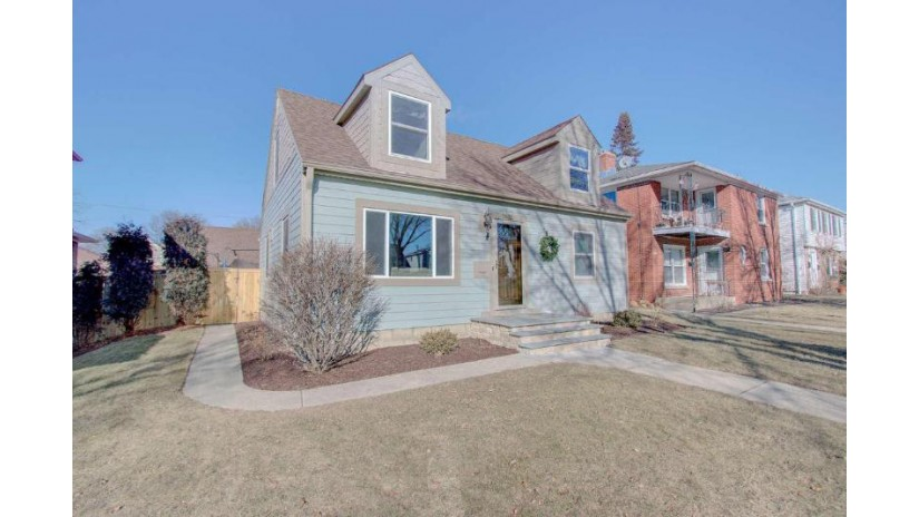 2831 N Sholes Ave Milwaukee, WI 53210-1360 by First Weber Inc - Brookfield $230,000