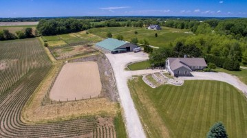 5118 Buena Park Rd, Waterford, WI 53185-3343