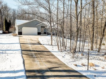 8281 S 20TH ST, Oak Creek, WI 53154-2705