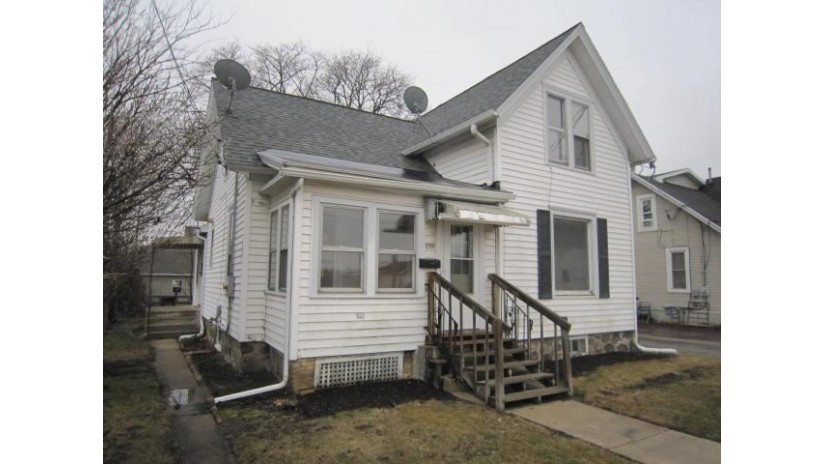 749 N Pine St Burlington, WI 53105-1473 by Keefe Real Estate, Inc. $96,000