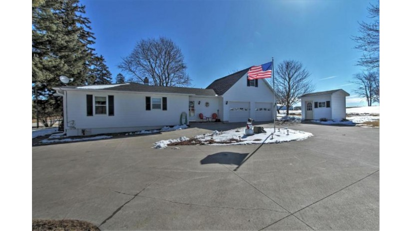E7969 Upper Maple Dale Rd Viroqua, WI 54665 by New Directions Real Estate $259,900