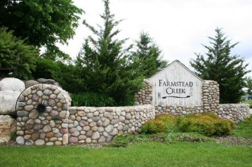 654 Farmstead Ct 1, Slinger, WI 53086-9298