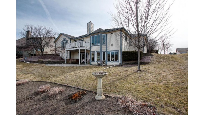 S77W18802 Lions Park Dr Muskego, WI 53150-9035 by First Weber Inc - Menomonee Falls $599,000