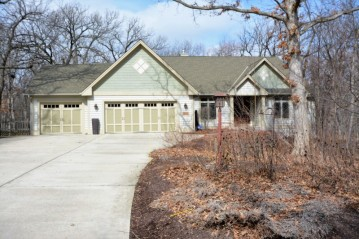 6542 Hillwood Ct, Mount Pleasant, WI 53403-9462
