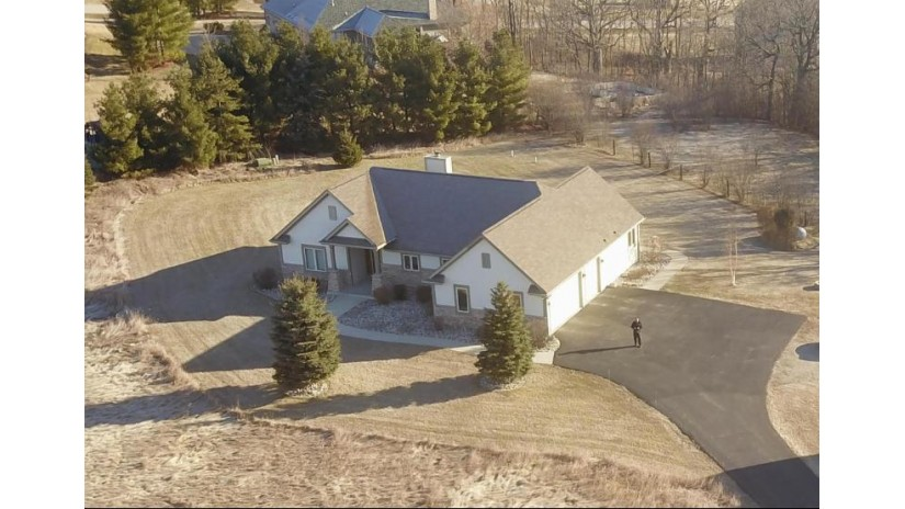 S62W34326 Piper Rd Ottawa, WI 53153-9469 by Benefit Realty $455,000