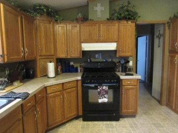 N1153 Walnut Rd, Bloomfield, WI 53128-1335