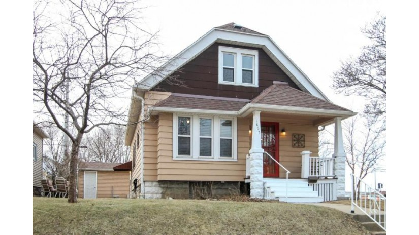 1807 E Oklahoma Ave Milwaukee, WI 53207-2939 by Coldwell Banker Residential Brokerage $164,900