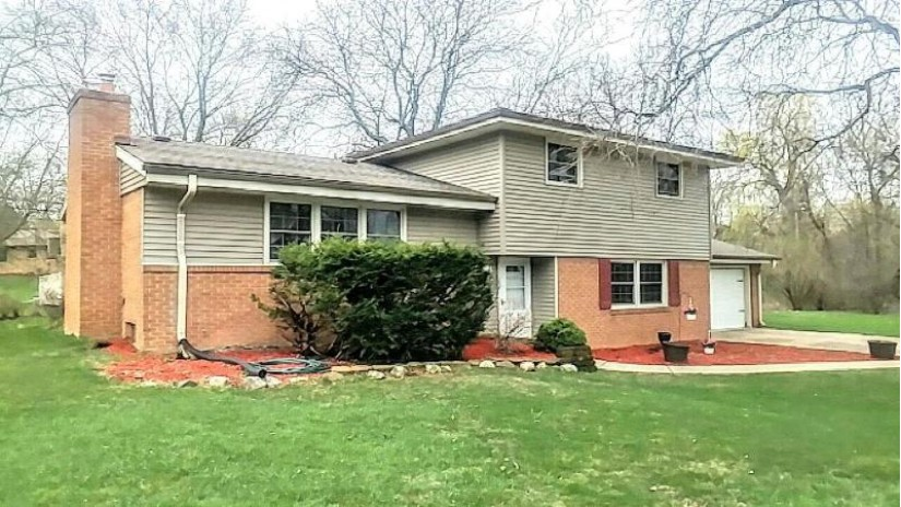8875 W Forest Home Ave Greendale, WI 53129-1062 by Benefit Realty $234,900