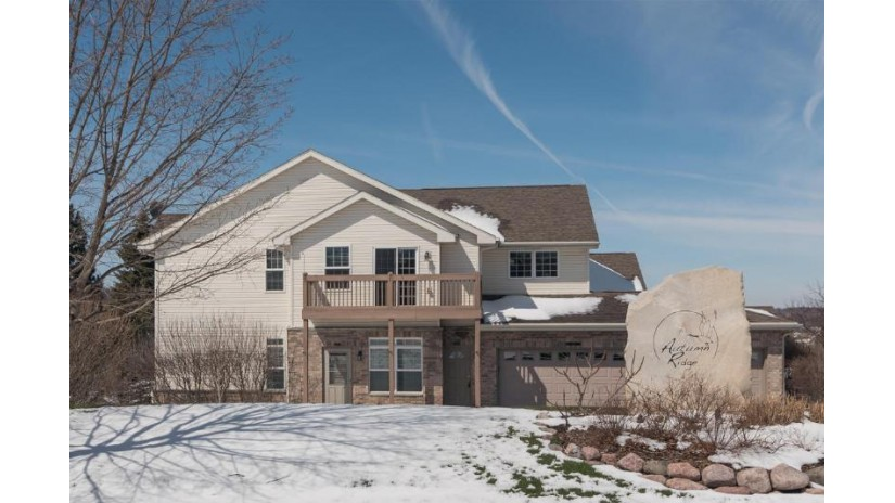 9223 S 51st  St Franklin, WI 53132-9275 by Ogden, The Real Estate Company $209,900