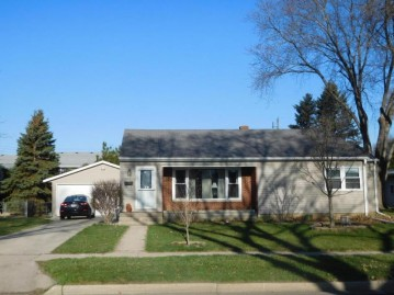 1324 High ST, Union Grove, WI 53182-1521