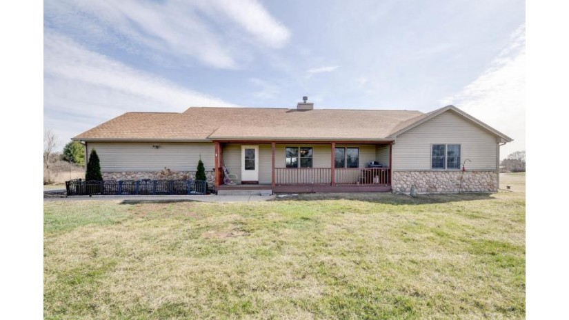 32625 Vista View Dr Rochester, WI 53105-6714 by Re/Max Newport Elite $359,900