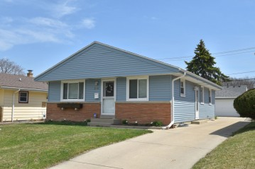 2970 S 56th ST, Milwaukee, WI 53219-3109
