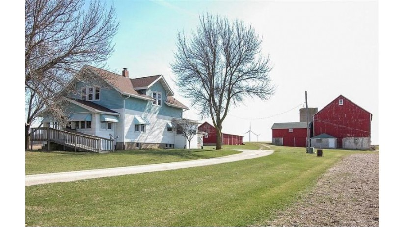 N11956 Center Line Rd Leroy, WI 53065-9614 by Coldwell Banker Residential Brokerage $217,900