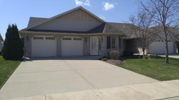 1948 27th Ave 104, Kenosha, WI 53140-4695