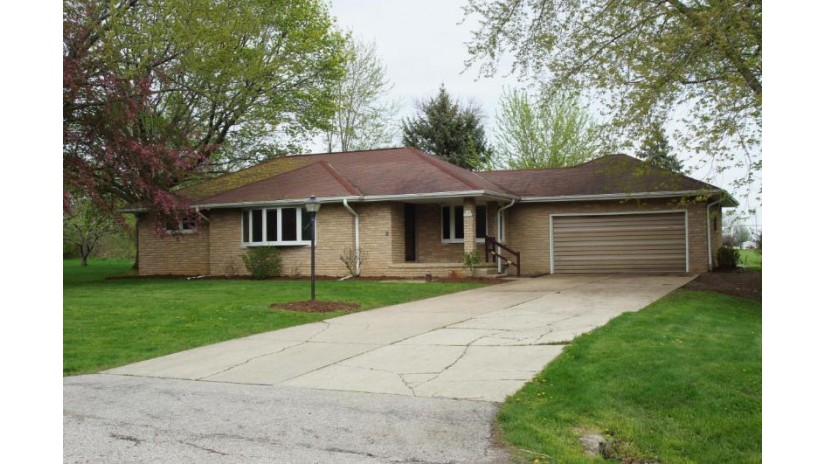 W148S6526 Brookside Dr Muskego, WI 53150-9331 by Re/Max Realty 100 $274,900